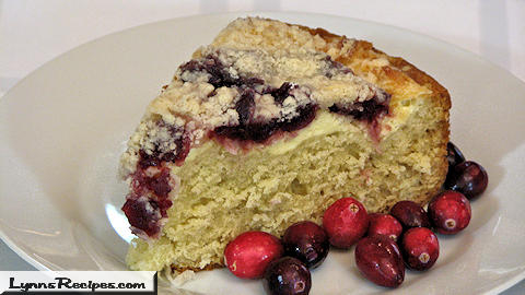Crumb Topped Cranberry Cake