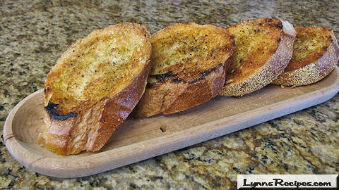 Lynn's Recipes Cooking Tip # 07 --  Grilled Bread