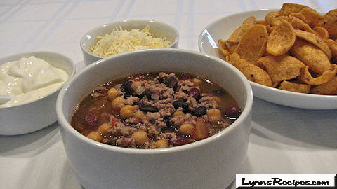 Three Amigos Chili